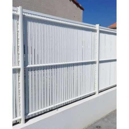 Travées de clôture en panneaux rigides avec occultation lattes PVC 2m50 - blanc