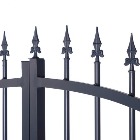 Zoom pointes gris anthracite pour portail double battant en aluminium
