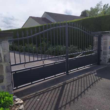 Portail aluminium style fer forgé gris anthracite - Modèle Jais