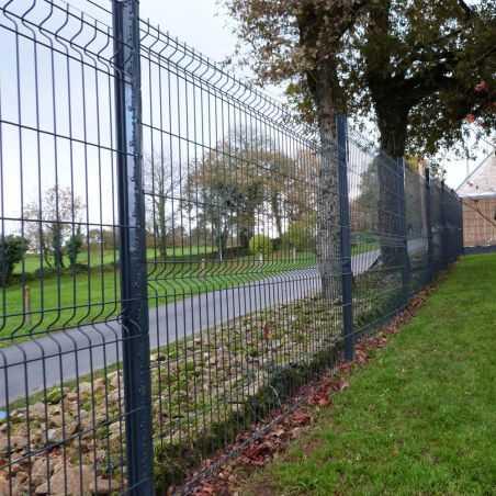 Clôture panneau rigide gris largeur 2m50 avec poteaux à encoches